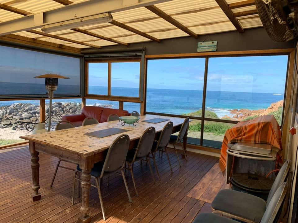 beach-house-bolingbroke-image-patio